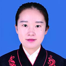 姓名:王妍